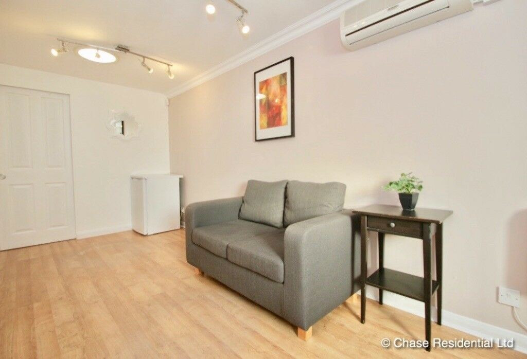 ***** A stunning compact One bedroom property in Central Harrow****