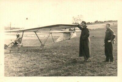 3 x Foto, Wk2, Blick auf junge Segelflieger in Pforzheim (N)20902