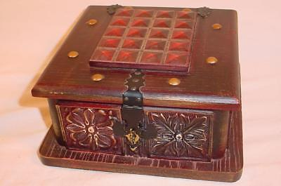 Music Treasure Box - VINTAGE WOOD TREASURE CHEST JEWELRY BOX MUSIC BOX MADE IN JAPAN