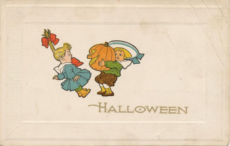 Halloween PC ca. 1910 * Dutch Boy Scares Girl with JOL