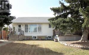 409 Harder ST Maple Creek, Saskatchewan
