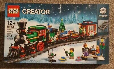 NEW IN **DAMAGED** BOX LEGO CREATOR EXPERT 10254 WINTER HOLIDAY TRAIN 734 PIECES
