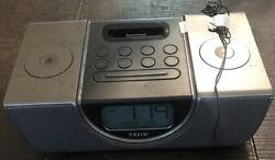 iHOME iP42 - Alarm Clock Radio Docking Station for iPod/iPhone 30Pin