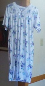 Ladies Adaptive Clothing 3/4 length Nightgowns (2)