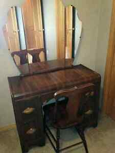 Antique vanity set (dressing table, mirror and chair)