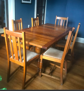 Mission Dining Set with 6 chairs, leaves, EUC!
