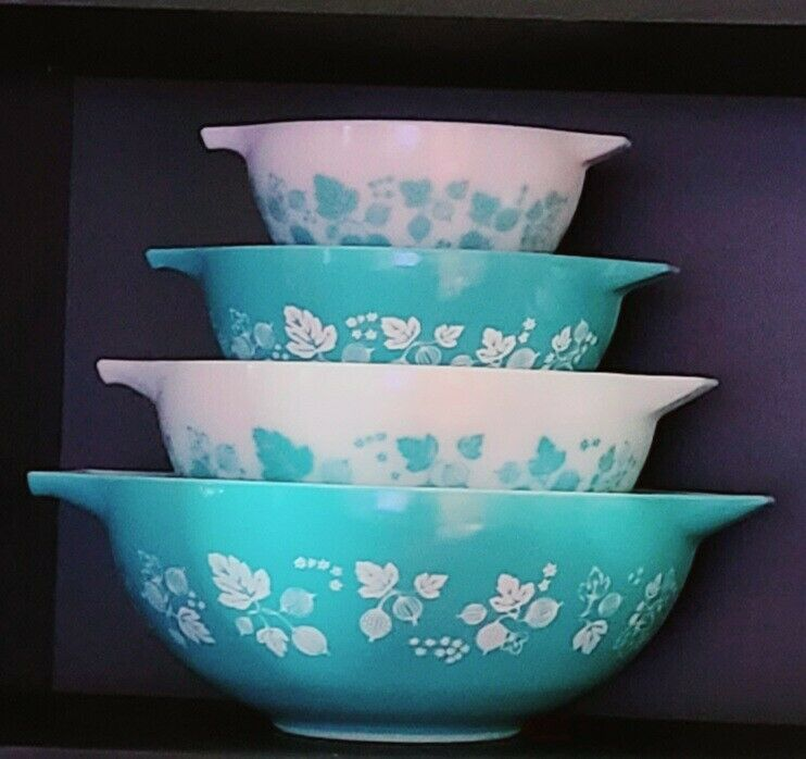 """10"""" Pyrex bowl stackers /stands/lifts for Mixing & Cinderella bowls htf rare"""
