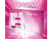Brand New. Anew Vitale - Skincare kit.