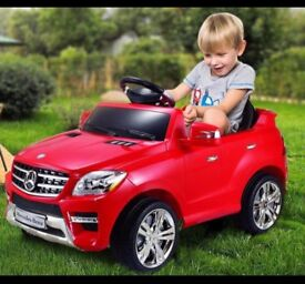 Licensed Mercedes ML350 12v ride on car with remote control music & lights (leeds) only £110