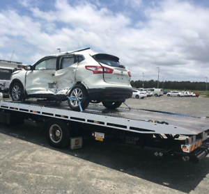 Towing service tilt tray 24/7 services