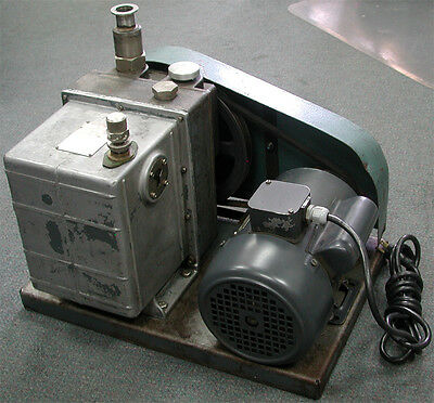 Welch Duo-seal Series Vacuum Pump 1376 Two-stage Belt-drive W Ge Motor