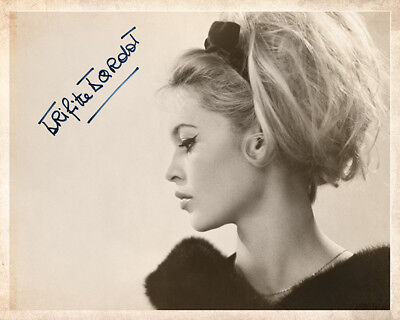 BRIGITTE BARDOT 60s FRENCH FILM STAR SEX SYMBOL 8x10 Photograph Autograph RP