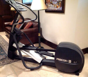Precor EFX5.23 Elliptical Fitness Trainer