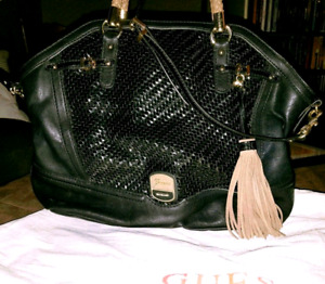 Official Guess Purse with Dust Bag