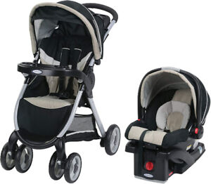 Graco Fastaction Fold Click Connect Travel System with Snugride