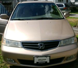 Selling 2002 Honda Odyssey EX van