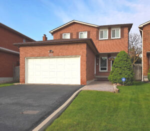 Markham - Spotless 3 Bedroom Detached Home!  $2,070 p/mo.