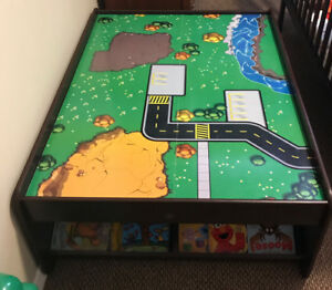 Train  table in excellent condition