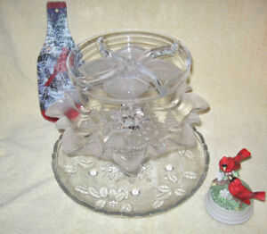 GORGEOUS 3 TIER CHRISTMAS PLATTERS / MIKASA GLASS