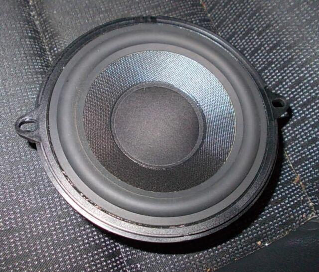 Renault Laguna II BG1 Bj.2006 Lautsprecher hinten & vorne speakers 8200069123
