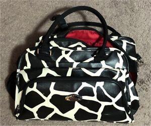 Carryon suitcase set