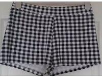 Black & White Checked Shorts, size 14