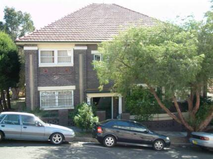 Apartment in coogee 2034 nsw flatshare houseshare gumtree wanted international students or couples for randwick flats solutioingenieria Images