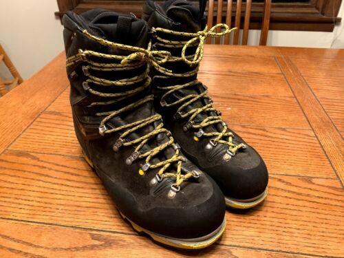 Salewa Pro Guide Mountaineering Boot, US 11, UE 44.5