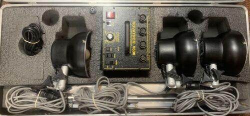 Novatron V600 3-Light Studio Photography Light/Flash Head Kit w/ Accs. - Tested!