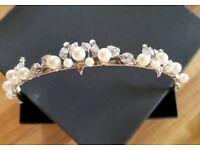 Ladies Pearl / Silver Leaf Tiara