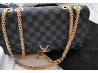 Chic leather bags