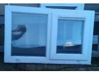 Small window with opener