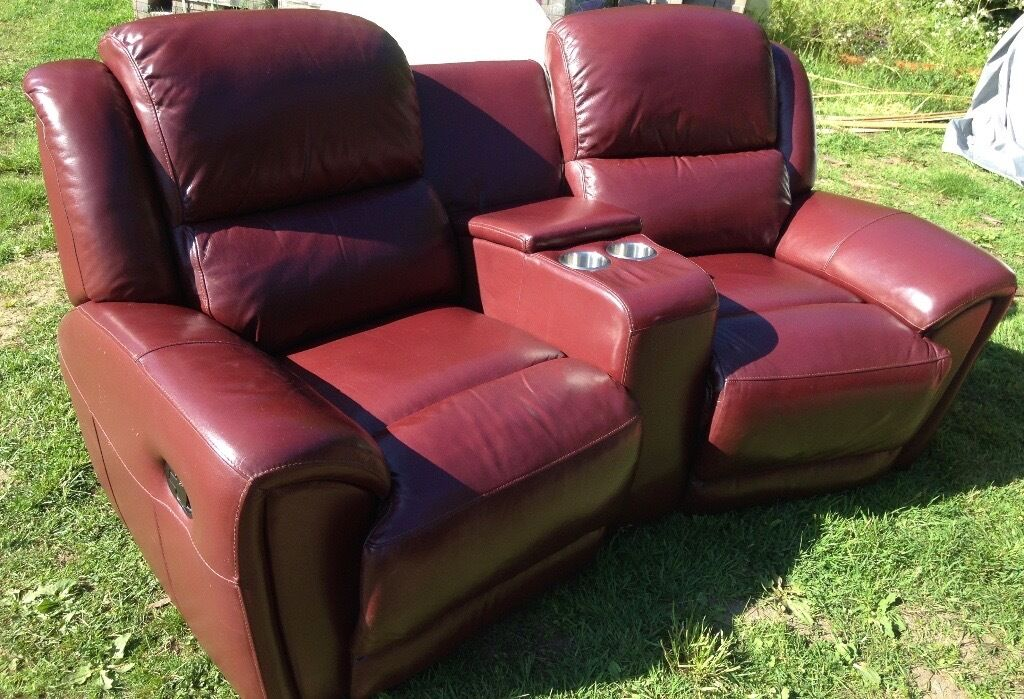 2 Seater Recliner Sofa With Cinema Console Cup Holders
