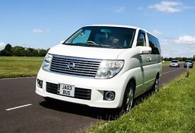 Nissan Elgrand E51 3.5 V6 AUTO 4WD - Pearl White - luxury people carrier