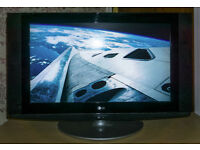 "32"" LG LCD HD Widescreen TV (32LX2R)"