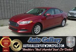 2015 Ford Fusion S *Back up Cam!