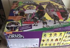 Ninja Turtle TECHNODROME Playset NEW