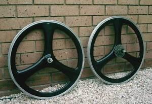 CARBON FIBER Mountain Bike Wheels, Rare 1990's Collectable Items. Windsor Gardens Port Adelaide Area Preview