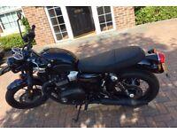 Triumph Bonneville T100 Black 900cc WC Water Cooled