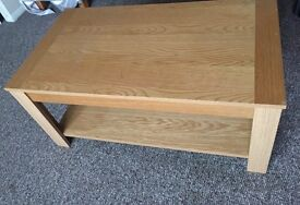 Great condition oak tv stand