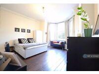 Studio flat in London, London, NW2 (#1034221)