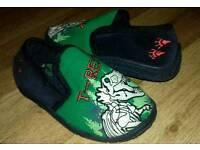Kids T-Rex slippers