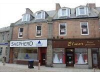 2 Bedroom Flat to rent , 2nd floor, Chapel Street, Peterhead. £475/month plus bills. FURTHER REDUCED
