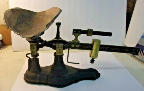 Vintage Cast Iron Merchant Balance Scale With Copper Scoop unbranded