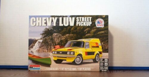 CHEVY LUV Pickup 1:24 scale Revell / Monogram Kit Hobby Time Model Cars