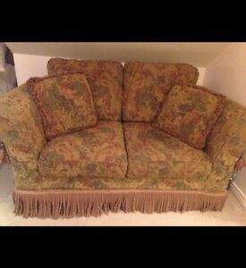 Floral Loveseat for sale!
