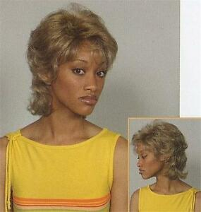 Blond-Short-Curly-Wig-w-Bangs-w-Layers-of-Soft-Curls