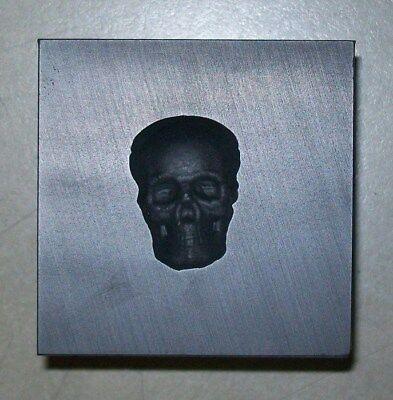 Graphite Glass Lampwork 3D Small Skull Push Mold
