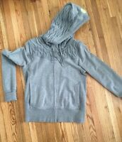 Lululemon hoodie size 6 great condition