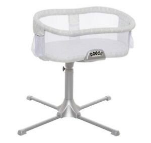 HALO Bassinest Premiere Swivel Sleeper Bassinet - Damask